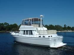 Mainship 43 Trawler