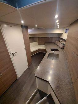 Vanquish Yachts VQ54 image