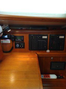 Hunter 44 Aft Cabin image