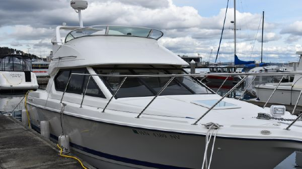 Bayliner 288 Classic Starboard profile
