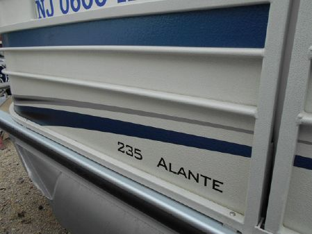 Premier 235 Alante image