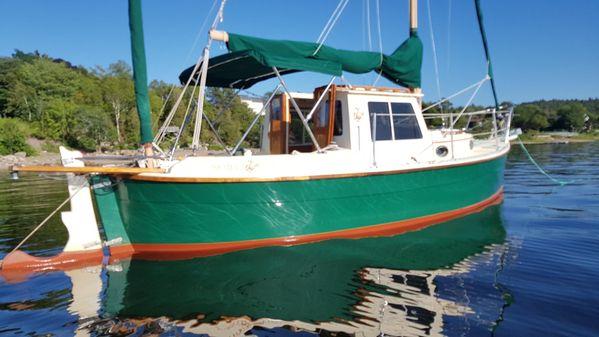 Nimble 'Artic' Motor-Sailor image