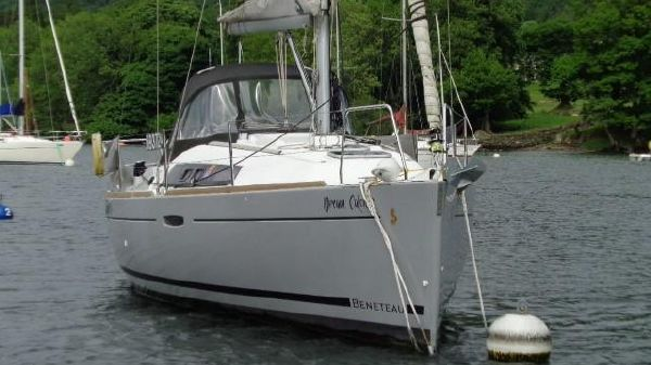 Beneteau Oceanis 31 Beneteau Oceanis 31 - Dream Catcher