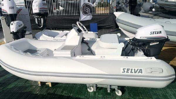 Selva CRT 325P