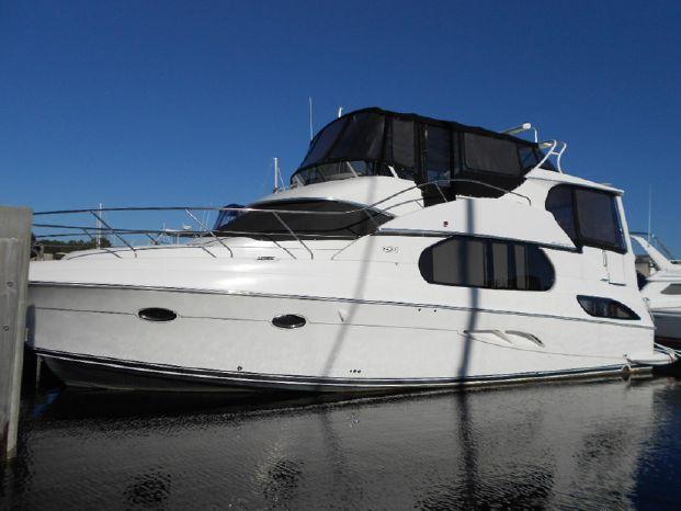 2003 Silverton Motor Yacht