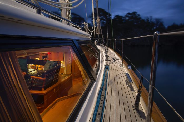 2004 Oyster 66 Brokerage Sell