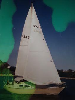 C&C 34 Sailboat image