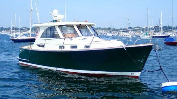 Legacy Yachts 32 Sport Express