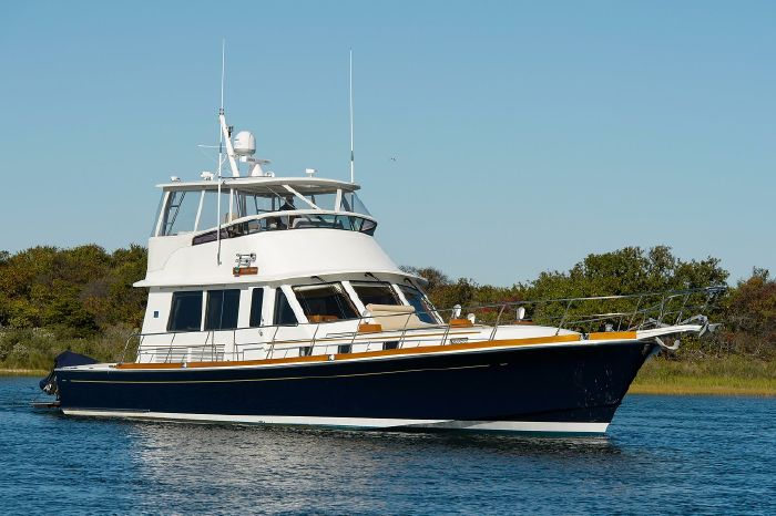 2004 Grand Banks 58 Eastbay Flybridge