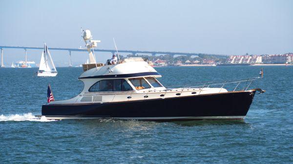 Hinckley Talaria 55 FB Starboard Profile