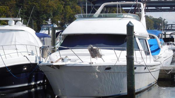 Bayliner 3988 Command Bridge Motoryacht