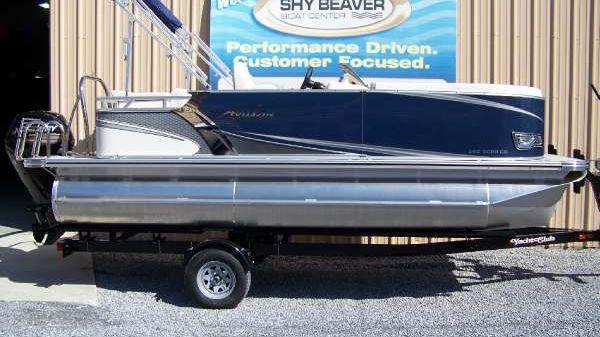 Avalon LSZ Cruise - 20 ft.