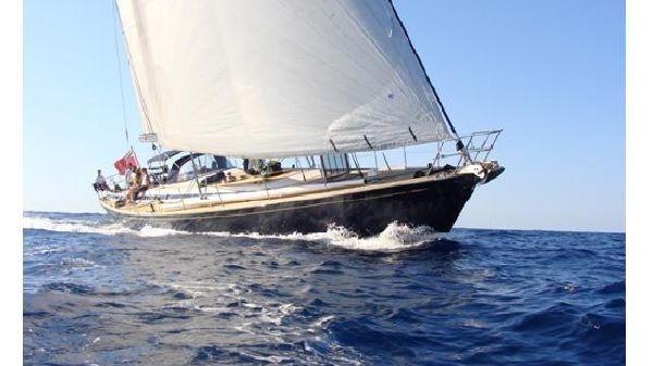 Swan 77 Navegando