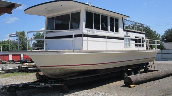 Gibson Houseboat 36
