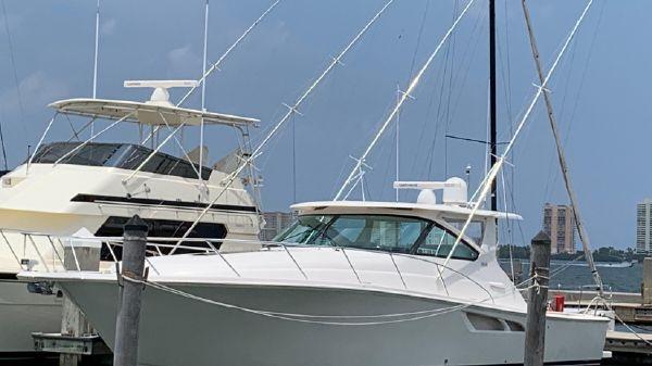 Tiara Yachts 43