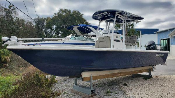 Sea Pro 248 DLX
