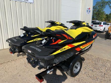 Sea-Doo GTR 215 image