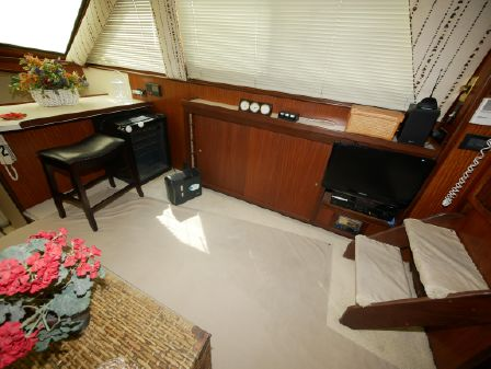 Hatteras 40 Motor Yacht image