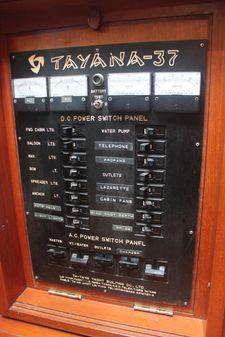 Tayana 37 image