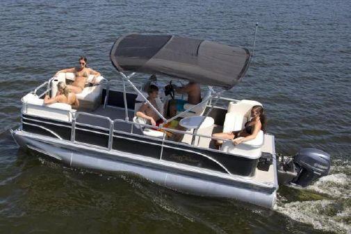 SunChaser Oasis Cruise 18 image