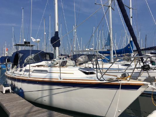 Westerly Oceanquest 35 - main image