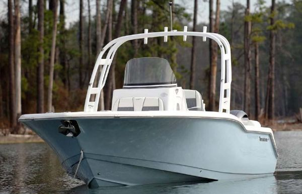 2019 Tidewater 252 SUV
