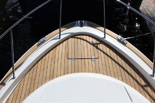 Chris-Craft Catalina 29 image