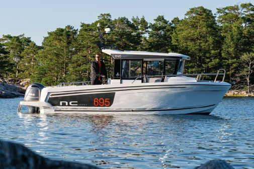 Jeanneau NC Sport 695 Series 2 image