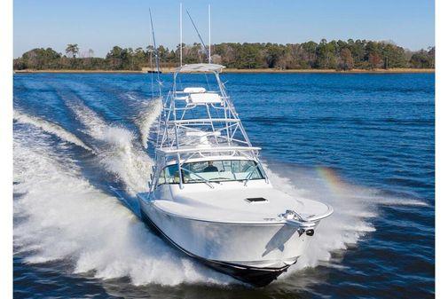 Albemarle 41 Custom Carolina Edition image