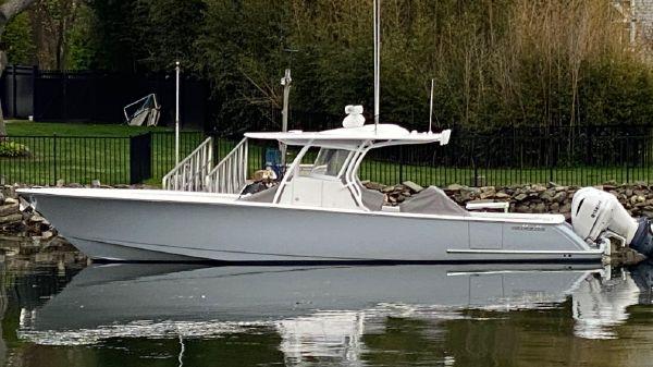Valhalla Boatworks V37