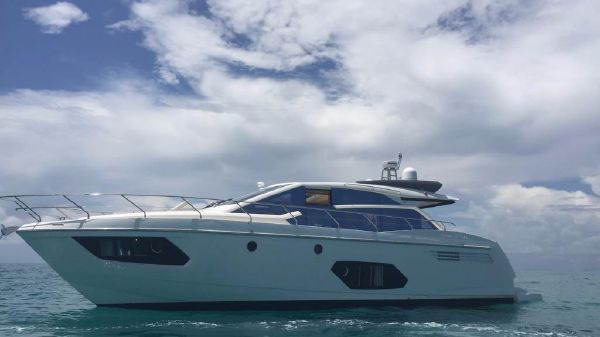 Absolute 56 STY Express Sport Yacht