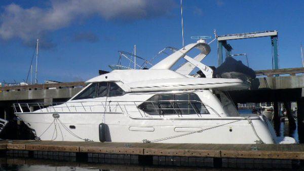 Bayliner 5288 PILOTHOUSE Photo 1