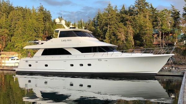 Ocean Alexander OA 74