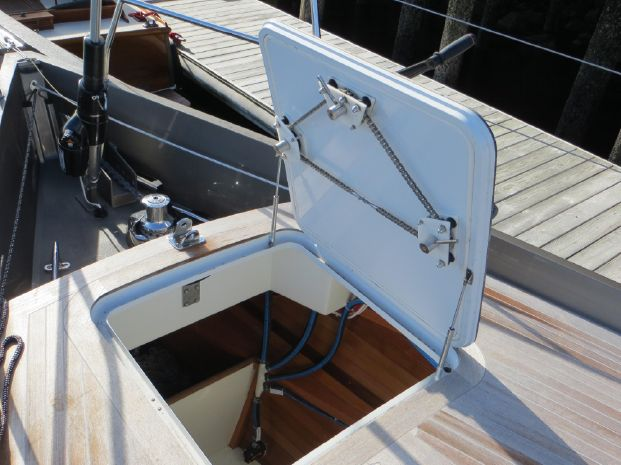 2011 Stephens Waring Custom Deck Saloon Cruiser/Racer For Sale Buy