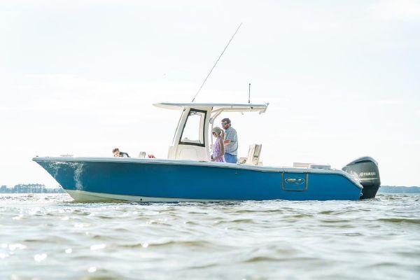 Sea Hunt Ultra 255 SE - main image