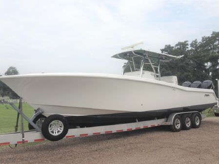 Invincible 36' OPEN FISHERMAN image