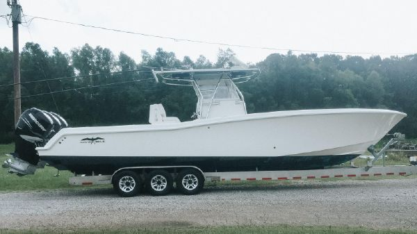 Invincible 36' OPEN FISHERMAN