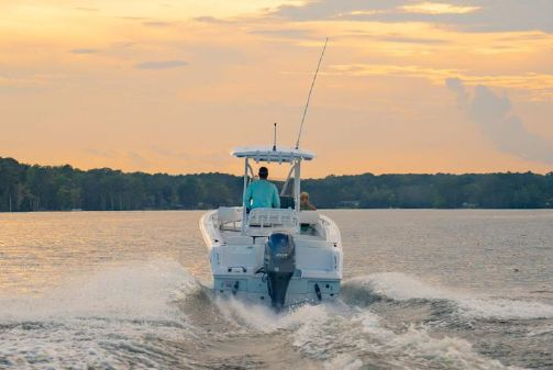 Sea Hunt Ultra 234 image