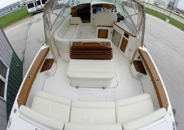 Hunt Yachts Harrier 29 image