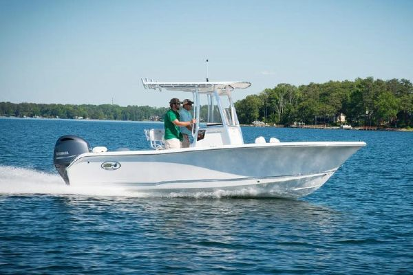 Sea Hunt Triton 210 - main image