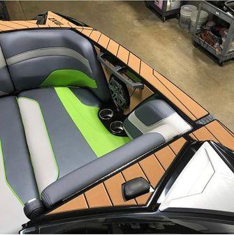 Malibu 22 MXZ Wakesetter image