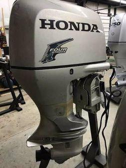 Honda 200HP image