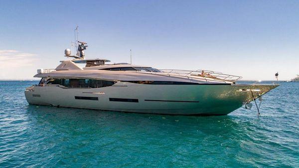 Peri Yachts 37m