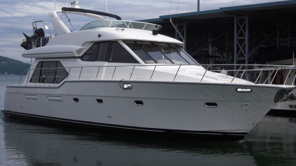 Bayliner 5288 PILOTHOUSE Photo 1