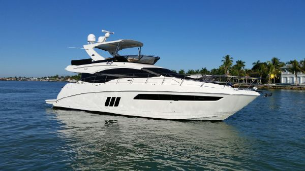 Sea Ray L590 FLYBRIDGE