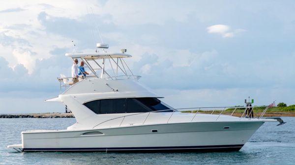 Wellcraft 40 by Riviera Marine