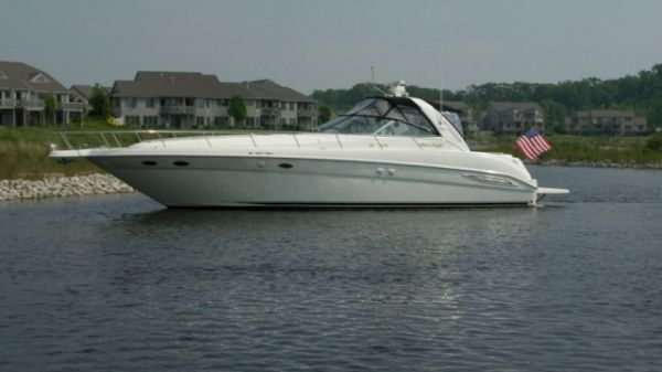 Sea Ray 460 Sundancer Photo 1