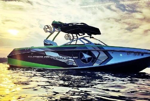 Correct Craft Super Air Nautique G3 image
