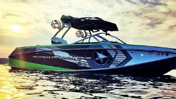 Correct Craft Super Air Nautique G3