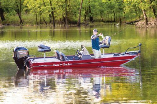Tracker Bass Tracker Classic XL image
